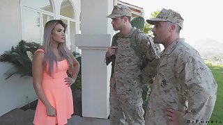 Army officer makes brigand to give a blowjob to fucking hot wife Mercedes Carrera