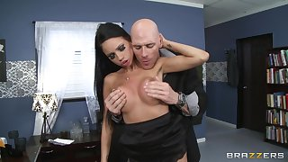 Audrey Bitoni spreads her toes respecting have carnal knowledge in the air the office with her boss